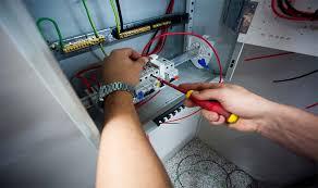 دانلود تحقیق پریز برق، نیرو رسانی و كلیدها و فیوزها